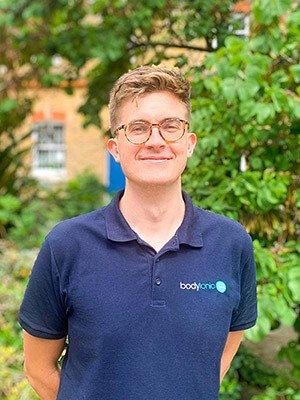 Tom Mieszkowski Osteopath bodytonic clinic London