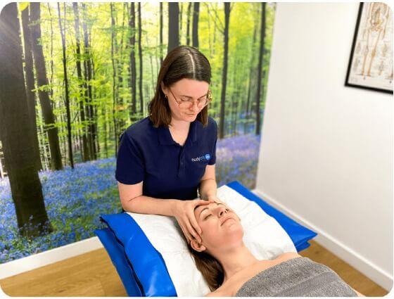 Indian Head Massage bodytonic clinic SE16 London